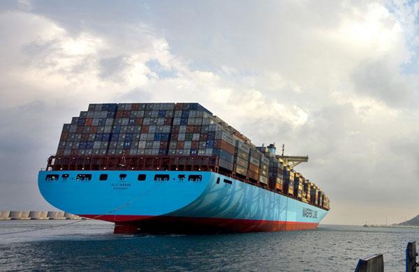 Elly Maersk stern