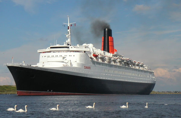 Queen Elizabeth 2 scrap
