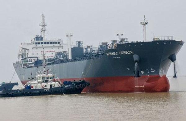 Reinhold Schulte ship